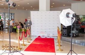 Красная ковровая дорожка в аренду на мероприятие в Саратове